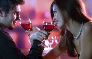 Você sabia que o álcool pode ser segredo de um relacionamento duradouro?