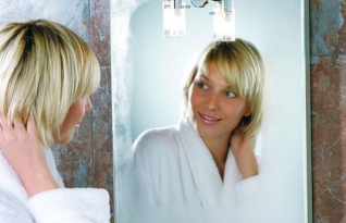 Saiba como deixar seu banheiro higienizado e o espelho sem manchas ou embaçado